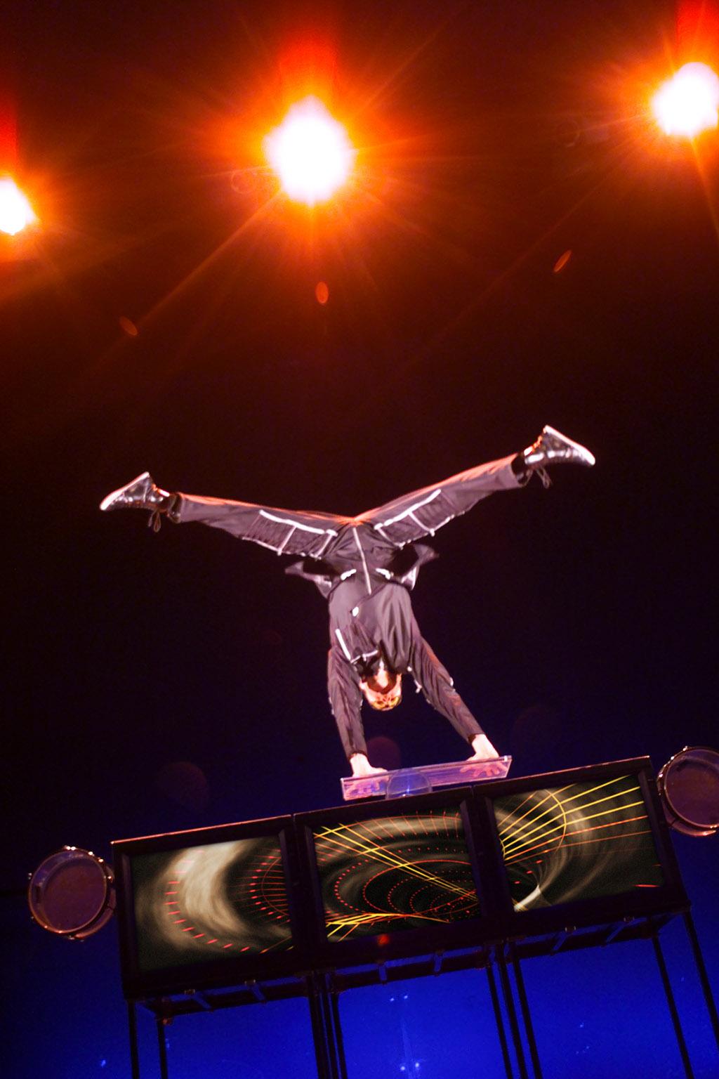 handstand (11)