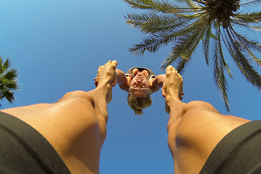 handstand (2)