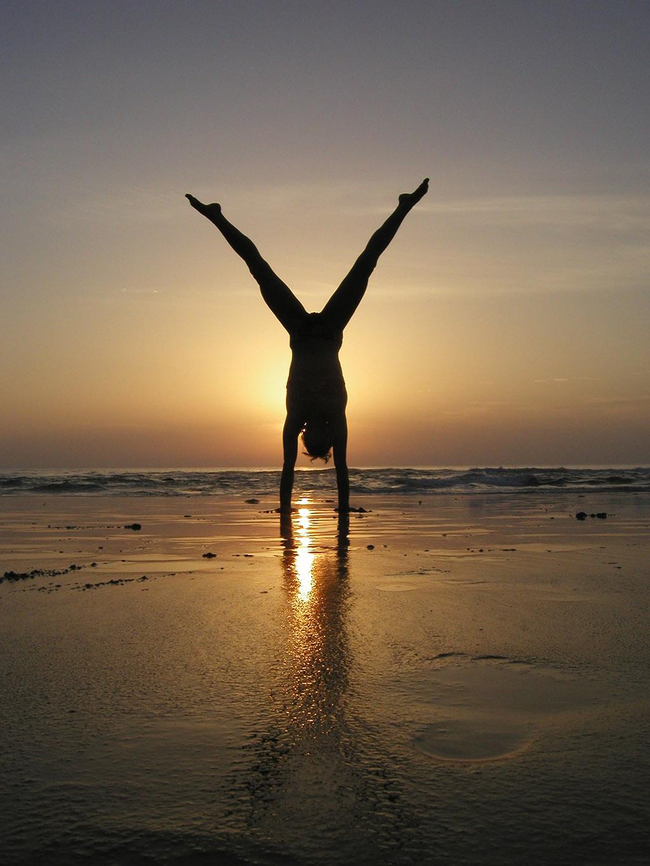 handstand (5)
