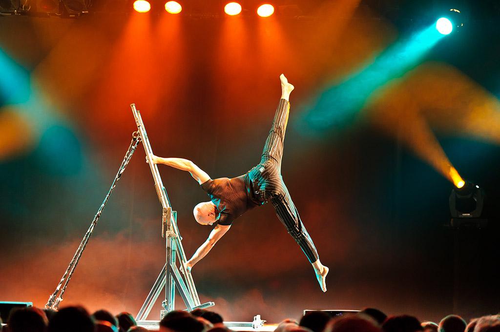handstand (6)