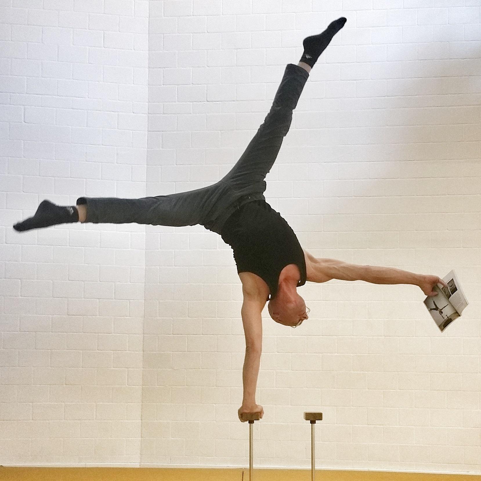handstand-academy (4)