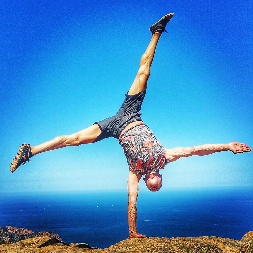 handstand-academy (7)