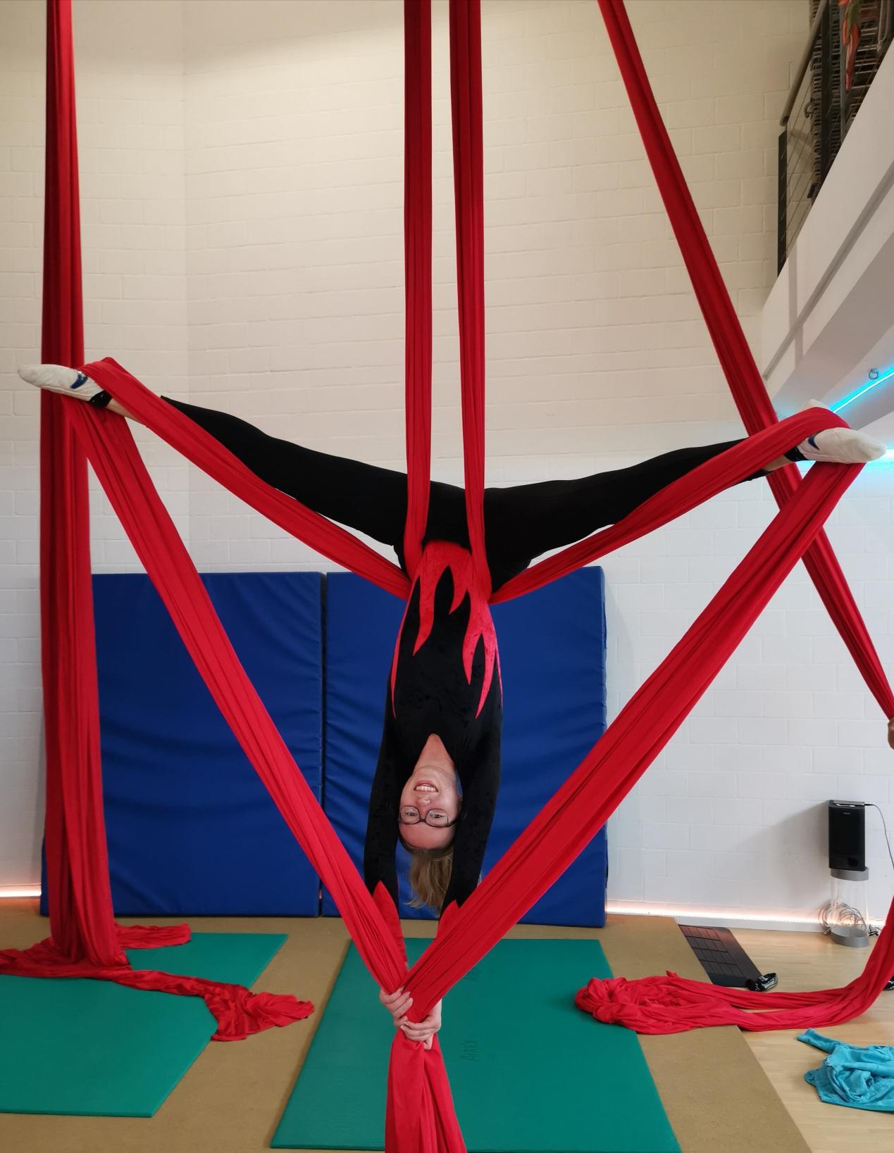 Luftakrobatik Vertikaltuch (1)