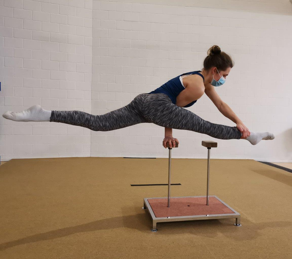 Loft am Bach, Handstand-Academy, Spagat Waage, Dietlikon Zürich